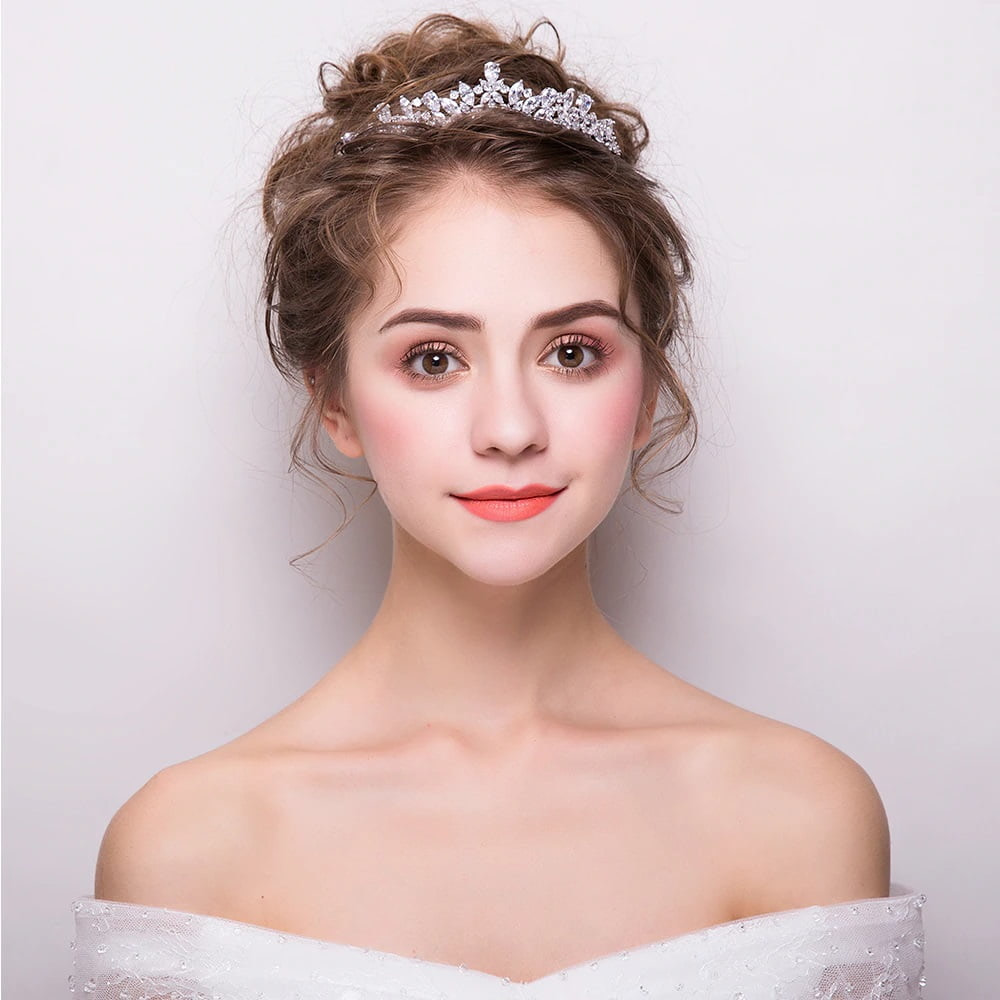 Beautiful Princess Tiara worn by Bride