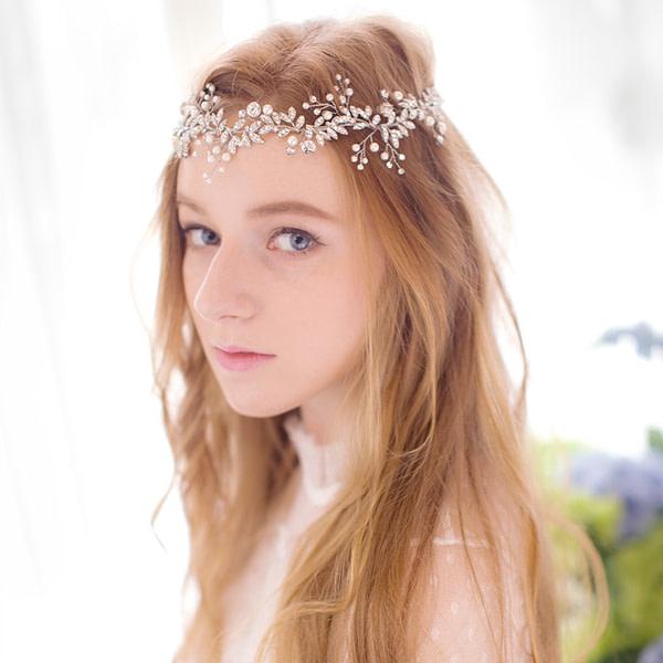 Eva Bridal Headpiece made with rhinestones and pearls