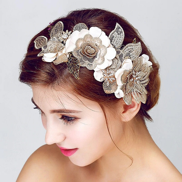Vintage Hairpiece for Bride with gold accents