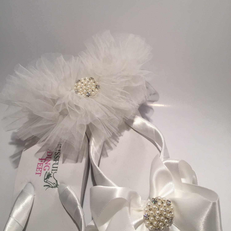 Tule Garter with matching Bridal Flip Flops