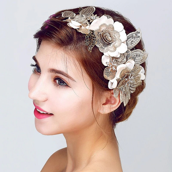 Vintage Bridal Headpiece with flowers and leaves